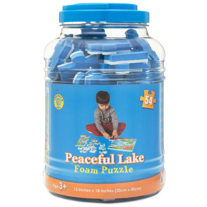 Lake Puzzle Packaging
